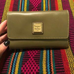 Dooney & Bourke Vachetta Leather Flap Wallet NWOT
